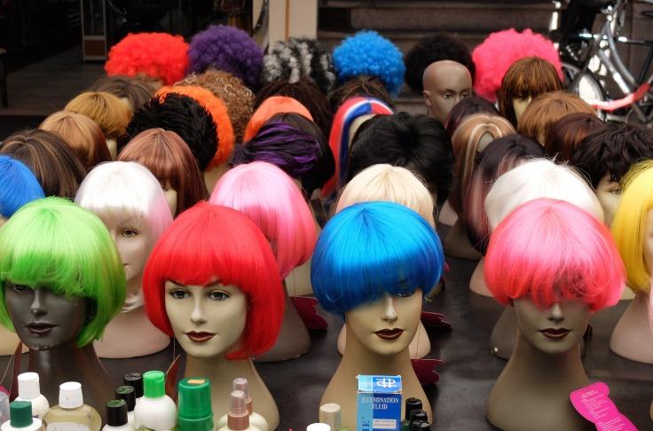 wigs-2224880_1920